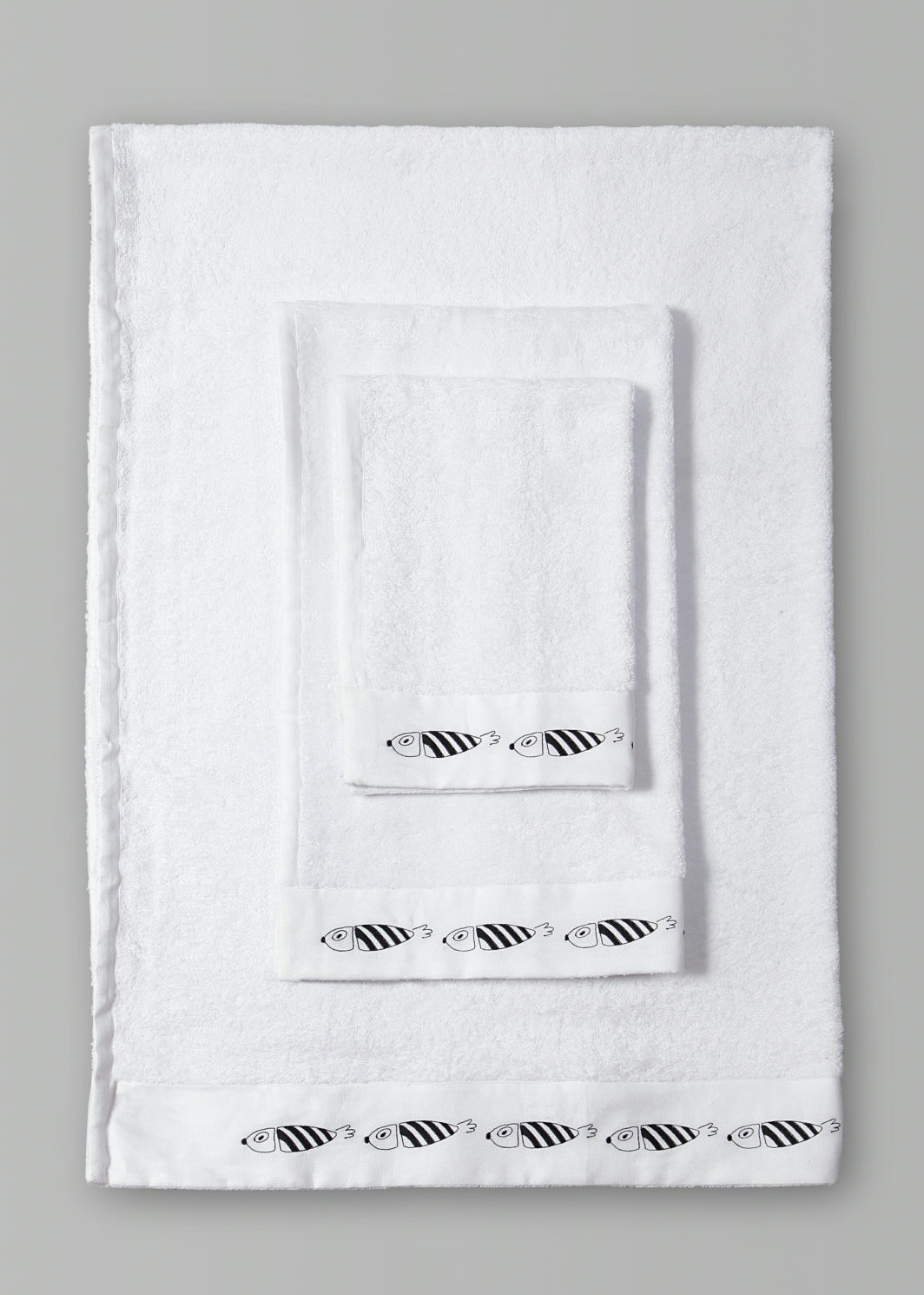 STRIPED FISH BATH TOWELS SET