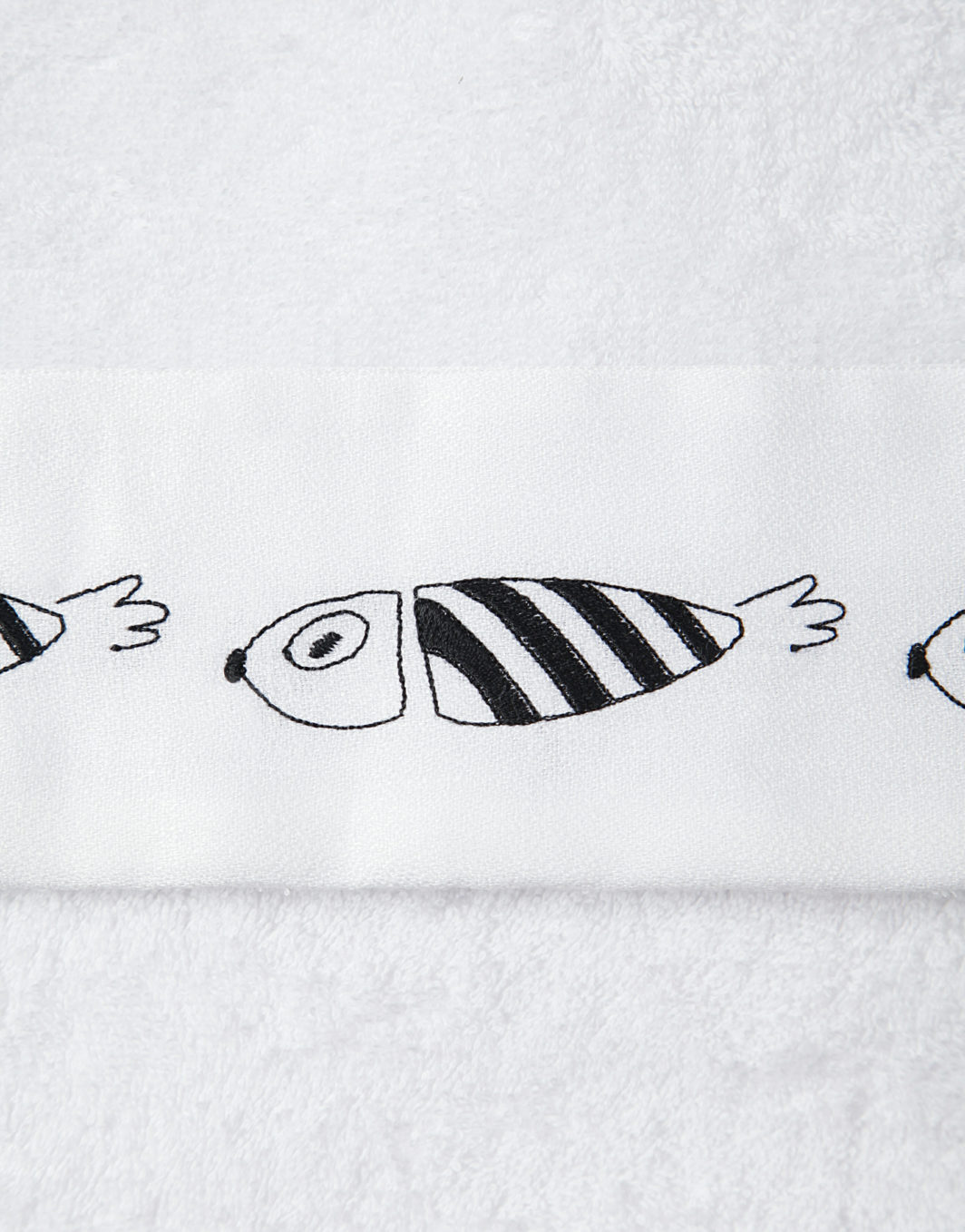 STRIPED FISH BATH TOWELS SET - DETAIL