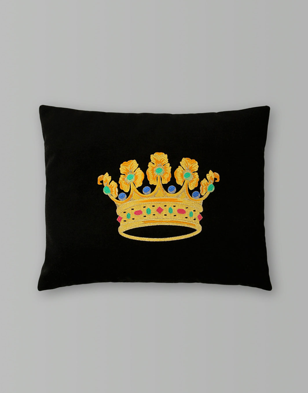 CROWN CUSHION