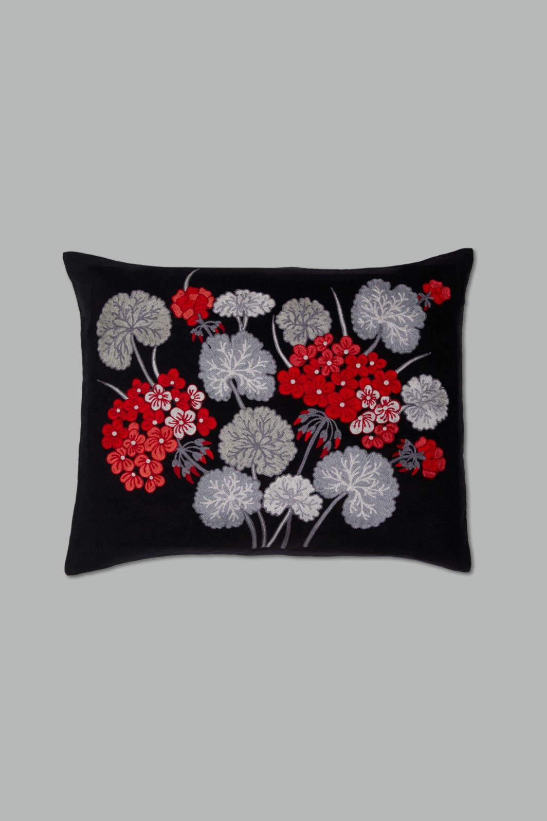 BLACK HYDRANGEA CUSHION