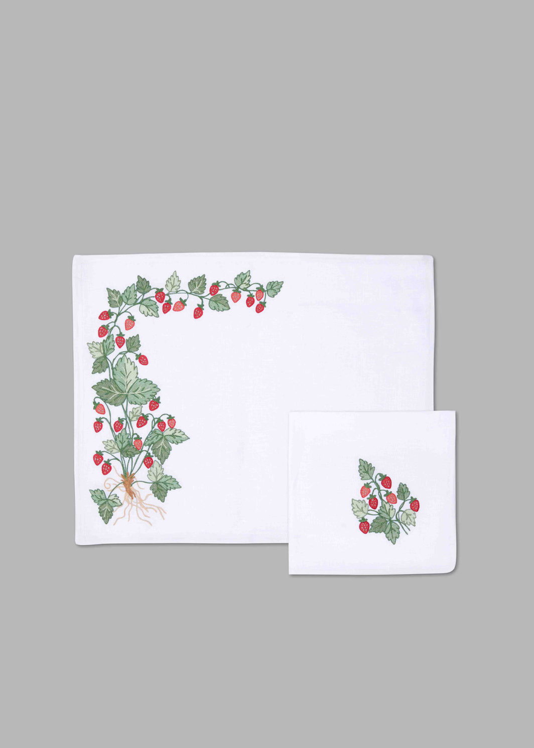 STRAWBERRIES PLACEMAT SET OF 2